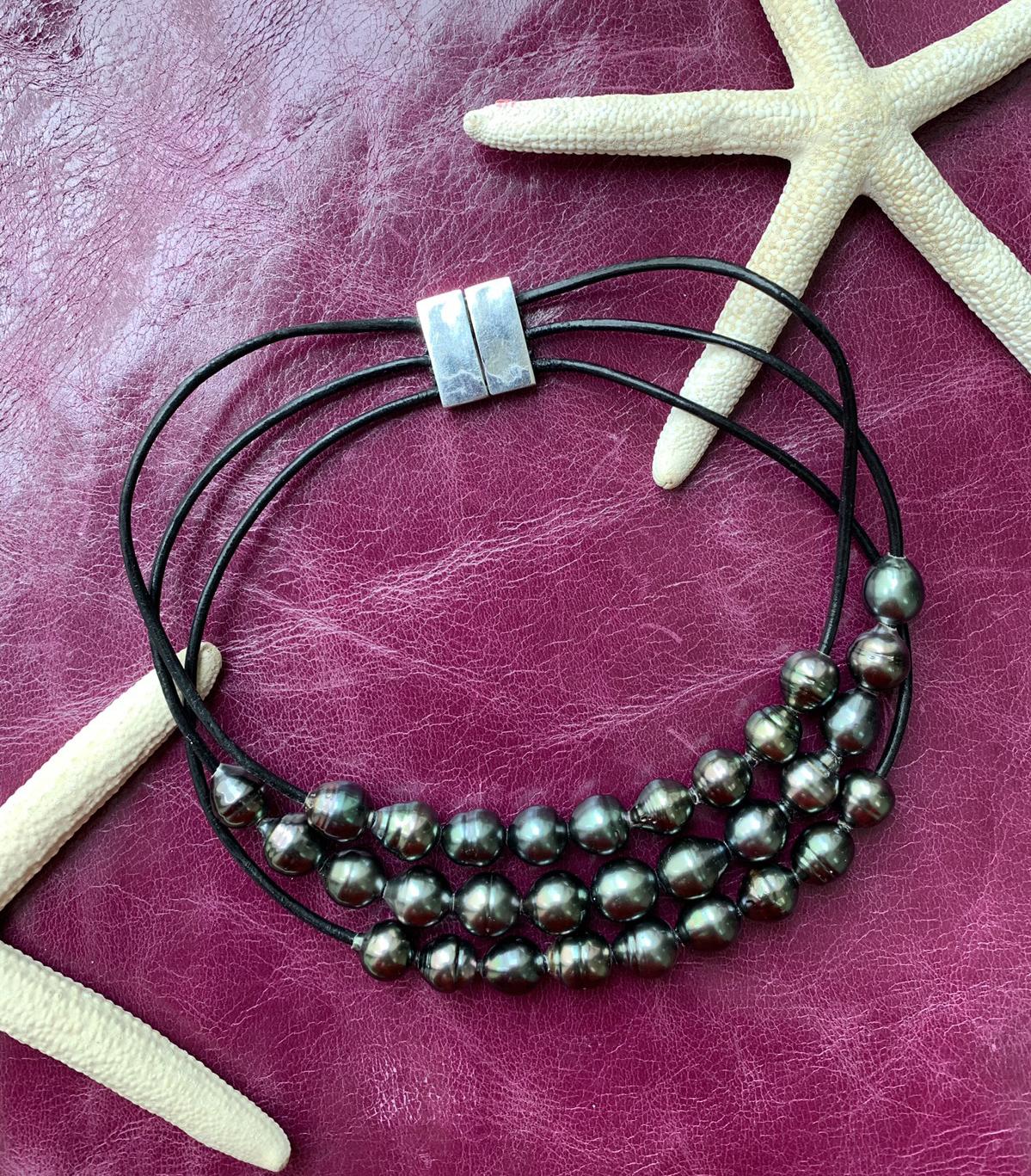 Silver filled irregular hoop leather bracelet Real pearl leather hoop bracelet Real pearl boho bracelet Amazing leather hoop pearl cuff